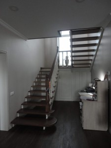 Лестница из дубового массива